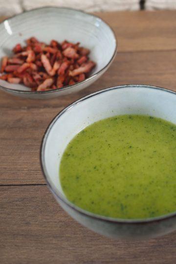 courgettesoep met spekjes